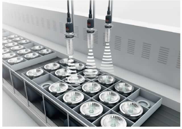 sensor ultrassonico inspecao embalagem sensor ultrassonico inspecao embalagemsensor ultrassonico inspecao embalagem Sensor Ultrassônico: 10 Aplicações Para a Indústria